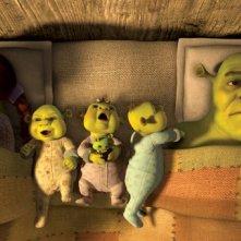 La famiglia di Shrek al completo nel film Shrek e vissero felici e contenti