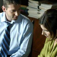 Mirko Rizzotto (Direttore del carcere) insieme a Chiara Muti (Adelaide) nel film Goodbye Mr.Zeus!