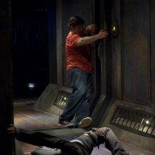 Una scena dell'episodio Incursion: Part 2 di Stargate Universe con Eli (David Blue) e Chloe (Elyse Levesque)