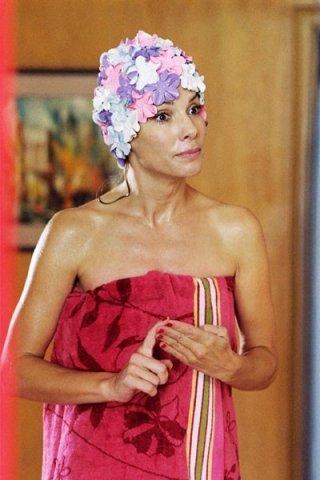 Un'irriconoscibile Sandra Bullock dal film All About Steve