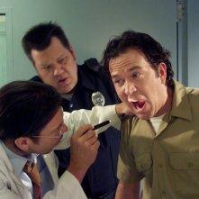 Timothy Hutton e Christian Kane nell'episodio The Jailhouse Job di Leverage
