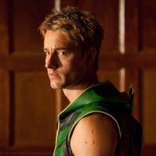 Un'immagine tratta dall'episodio Absolute Justice di Smallville con Justin Hartley