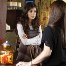 Lucy Hale nell'episodio Reality Bites Me di Pretty Little Liars
