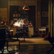 Una scena del film Splice con Adrien Brody e Sarah Polley