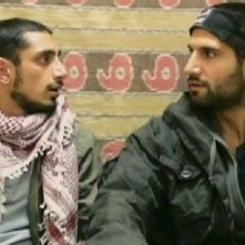 Riz Ahmed e Kayvan Novak in un'immagine del film Four lions