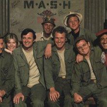 Foto di gruppo con i protagonisti di M.A.S.H.