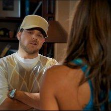 Jerry Ferrara in una scena dell'episodio Stunted di Entourage