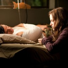 Kristen Stewart accanto all'amico Taylor Lautner nel film The Twilight Saga: Eclipse