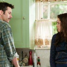 Charlie (Billy Burke) e Bella (Kristen Stewart)in una scena del film The Twilight Saga: Eclipse
