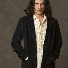 Hal Ozsan interpreta Azazel nel film tv Angeli caduti