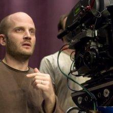Todd Louiso sul set del film musicale Un microfono per due