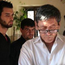 Andrea Iervolino, Alfredo Li Bassi e Tony Sperandeo in una scena di Prigioniero di un segreto