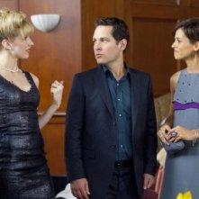 Lucy Punch, Paul Rudd e Stephanie Szostak in una scena di A cena con un cretino
