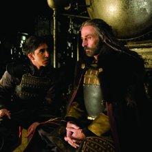 Dev Patel e Shaun Toub nel film The Last Airbender