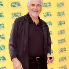 James Brolin alla premiere di Standing Ovation a Los Angeles