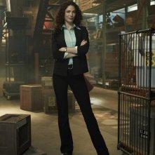 Joanne Kelly in una foto promo per la seconda stagione di Warehouse 13