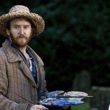 Tony Curran in una scena dell'episodio Vincent and the Doctor di Doctor Who