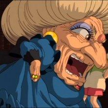 Chihiro e la strega Yubaba in una scena del film d'animazione La città incantata - Spirited Away