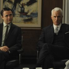 Vincent Kartheiser e John Slattery nell'episodio Public Relations di Mad Men