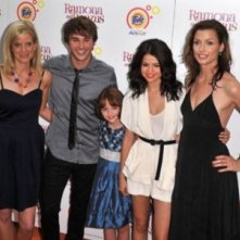 Bridget Moynahan, Selena Gomez, Joey King ed Hutch Dano alla premiere di Ramona and Beezus a New York
