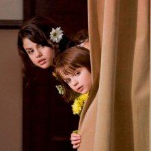 Selena Gomez e Joey King in una scena di Ramona and Beezus