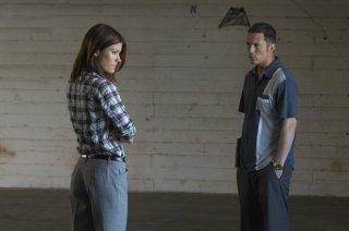 Jennifer Carpenter e Desmond Harrington in una scena dell'episodio Blinded by the Light di Dexter