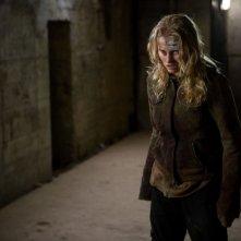 Natalia Rybicka in una scena dell'horror Time Of Darkness