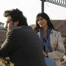 Flavio Insinna e Luisa Corna in una scena di Ho sposato uno sbirro