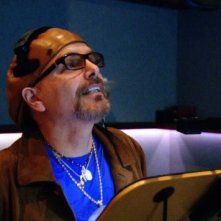 Joe Pantoliano dà la voce a Peek nel film Cats & Dogs: The Revenge of Kitty Galore