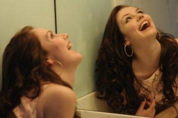 Una bella immagine di Emma Roberts dal film Twelve