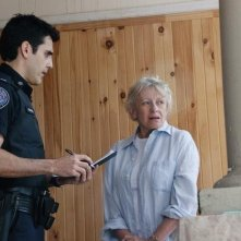 Ben Bass e Roberta Maxwell nell'episodio Bullet Proof di Rookie Blue