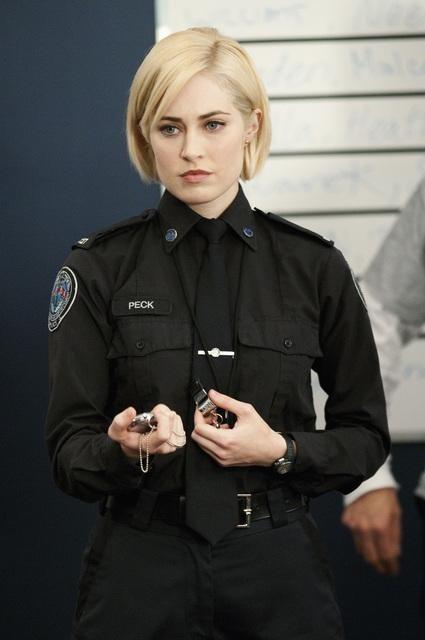 Charlotte Sullivan In Una Scena Dell Episodio Honor Role Di Rookie Blue 170179