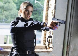 Missy Peregrym in un momento dell'episodio Fresh Paint di Rookie Blue