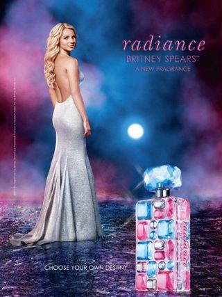 Britney Spears presenta Radiance, il nuovo profumo