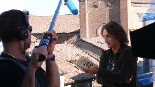 Luciano Ligabue sul set del documentario Niente Paura