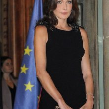 Carla Bruni in occasione di una cena all'Eliseo