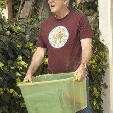 Arthur Mitchell (John Lithgow) in un momento dell'episodio Datemi un martello di Dexter