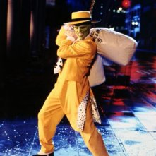 The Mask (Jim Carrey) in una scena del film The Mask - da zero a mito