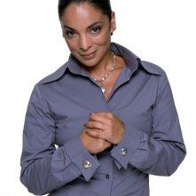 Jasmine Guy in un'immagine promo per la stagione 1 di Dead Like Me
