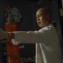 Masuka (C.S. Lee) in un momento dell'episodio Rimorsi di Dexter
