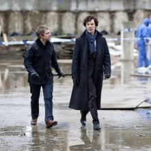 Martin Freeman e Benedict Cumberbatch nell'episodio The Great Game di Sherlock