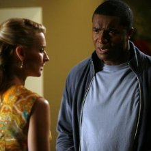 Andrea Powell e Roger Cross nell'episodio Dog Eat Dog di The Gates