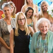 Jamie Lee Curtis, Kristen Bell e Betty White nel film You Again
