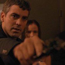George Clooney con Juliette Lewis e Quentin Tarantino in una scena di Dal tramonto all\'alba