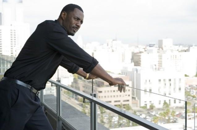 Idris Elba nel film Takers