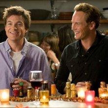 Jason Bateman e Patrick Wilson nella commedia Due cuori e una provetta