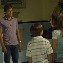 Michael C. Hall, Christina Robinson e Preston Bailey nella premiere della stagione 5 di Dexter