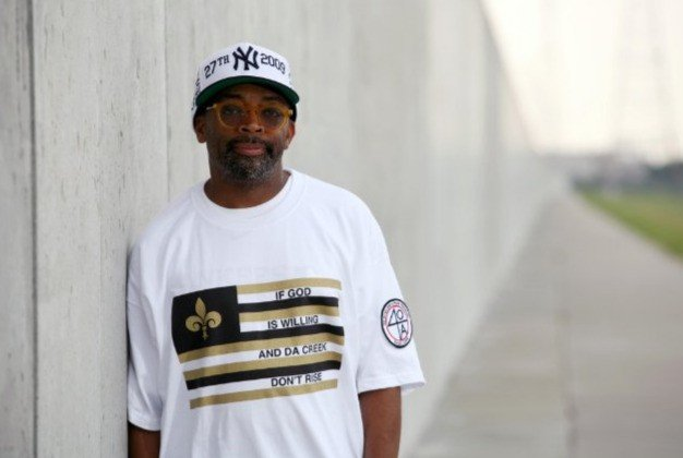 Il regista Spike Lee sul set del suo If God Is Willing and da Creek Don't Rise