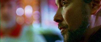 Paolo Sassanelli in una scena del film La strategia degli affetti