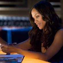 La bella Zoe Saldana nel film Takers
